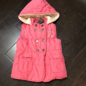 Kenneth Cole reaction girls 3T pink vest with hood
